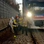 지하철 1호선 사망사고 : 부천역 인근서 10대가 전동차에