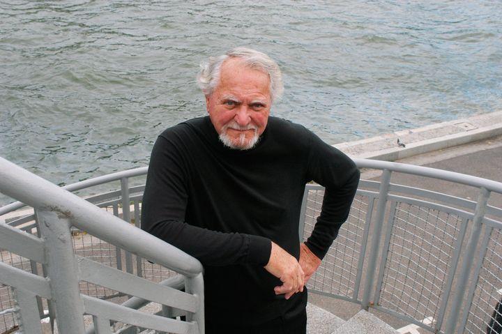 Author Clive Cussler in Paris in 2004.