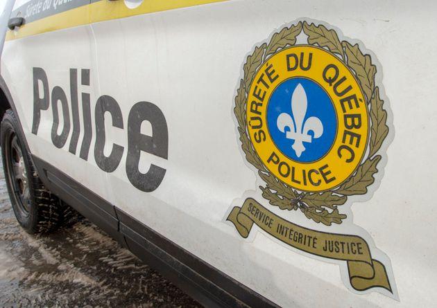 La Sûreté du Québec a déclaré que le cadavre affichait des marques...