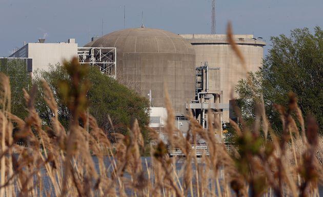 オハイオ州ピカリングのピカリング原子力発電所は、2014年にここで見られます。新しいレポート...