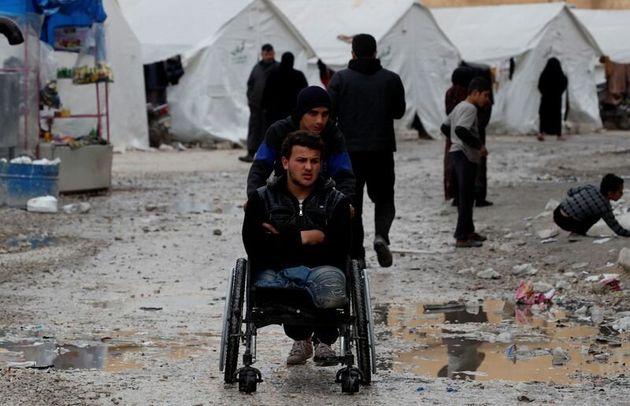Εκτοπισμένοι πρόσφυγες...