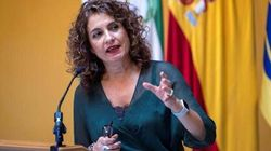 Montero culpa al PP y a Cs de la dependencia del Gobierno de ERC: