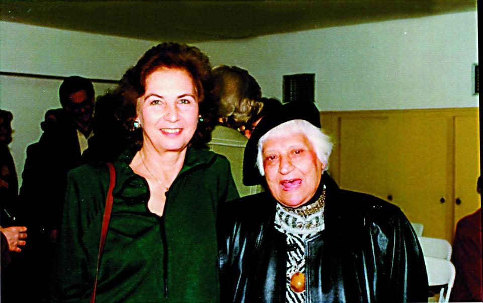 Με την αγαπημένη της Διδώ Σωτηρίου στα γενέθλια των 86 της χρόνων.
