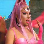 Lady Gaga dévoile son nouveau clip (rose et