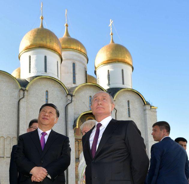 Vladimir Poutine et Xi Jinping à Moscou, le 5 juin