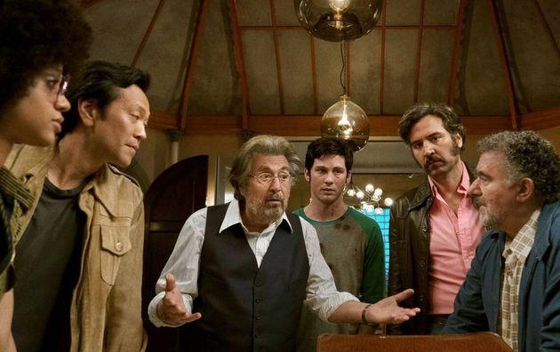 Meyer Offerman (Al Pacino) e seus caçadores de nazistas, que deveriam mesmo é matar o tédio...