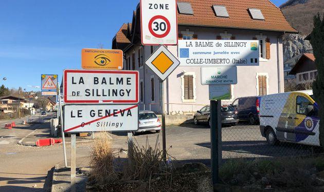 Une photo prise le 28 février 2020, montrant l'entrée de La Balme-de-Sillingy en