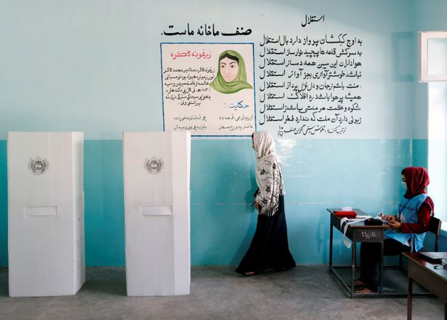 Οι γυναίκες στο Αφγανιστάν φοβούνται την ειρήνη που φέρνει η συμφωνία