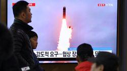 Βόρεια Κορέα: Εκτόξευση δύο «βαλλιστικών πυραύλων άγνωστου τύπου» στη