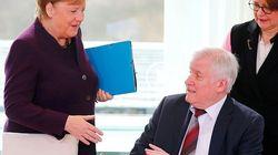 El ministro de Interior de Alemania se niega a saludar a Merkel por el miedo al