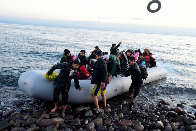 Σε κατάσταση ετοιμότητας τα νησιά, εν μέσω πίεσης στο μεταναστευτικό-