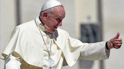 El papa da negativo en coronavirus tras someterse a una