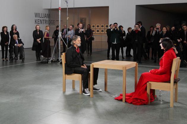 Πέθανε ο εκκεντρικός καλλιτέχνης Ουλάι, πρώην σύντροφος της Μαρίνα