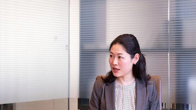Aya.O(29)大学卒業後、2013年4月に人材サービス企業に就職。営業に従事するも、より成長できる環境を求め、社会人2年目の終わりに第二新卒でアクセンチュアへ。現在、ビジネスコンサルタントとして官公庁系・医療系の案件に携わる。