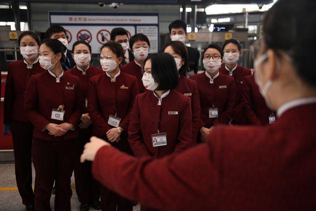 L'engagement des citoyens a permis à la Chine d'endiguer l'épidémie du nouveau coronavirus, selon un...