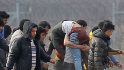 «Βομβαρδισμός» fake news από την Τουρκία για νεκρούς στα σύνορα - Ελλάδα: «Ούτε ένα