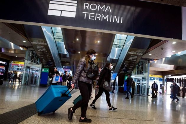 El Gobierno italiano ordena el cierre de colegios y universidades en todo el país por el