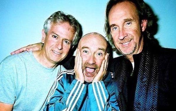 Le groupe Genesis avec Mike Rutherford, Phil Collins et Tony Banks se reforme le temps d'une tournée...