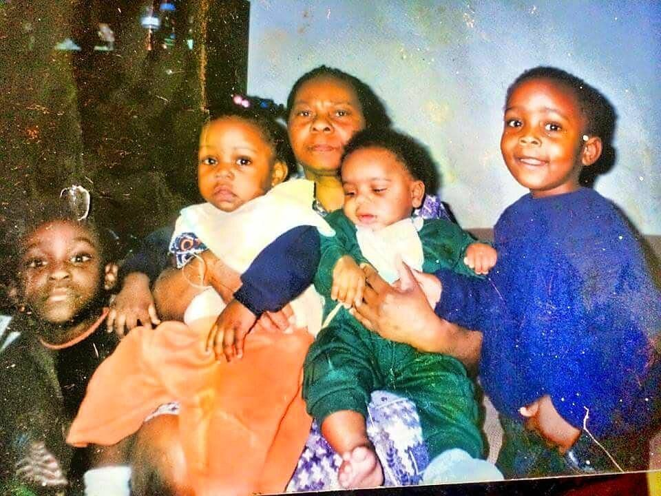 Nana and some of her 16 grandchildren – including Nadine, her brother Ishmael, and cousins Jordan and Ezra.