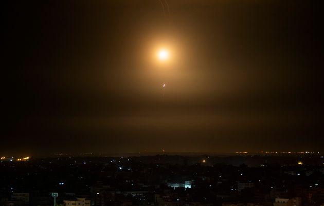 Συρία: Αναχαιτίστηκαν πύραυλοι από το
