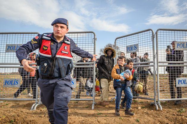 Η Τουρκία στέλνει 1.000 άνδρες των ειδικών δυνάμεων στα σύνορα με την