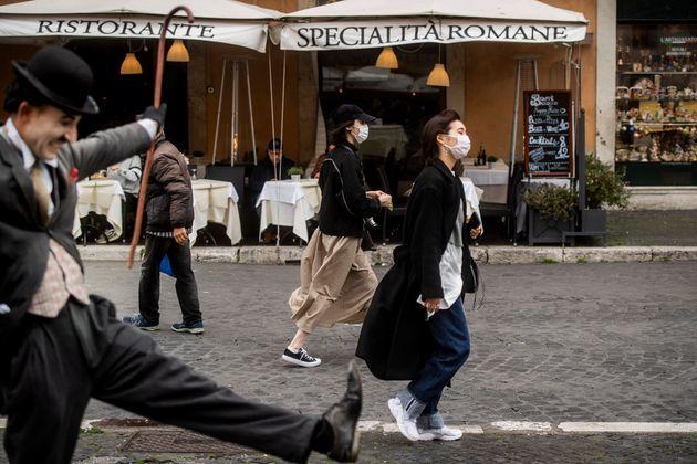 02/03/2020 Roma, le vie del centro semideserte a causa della psicosi da Coronavirus, nella foto piazza