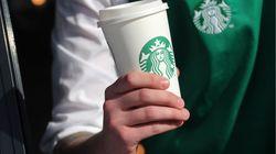 Starbucks stoppe l'utilisation de tasses réutilisables à cause du