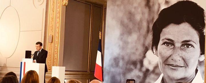 En consacrant l'égalité femmes-hommes comme grande cause du quinquennat, en annonçant la mise en place d'une diplomatie féministe et en lançant le Grenelle des violences conjugales, le gouvernement français affiche la volonté d'avancer. Mais la question des financements reste le point d'achoppement.