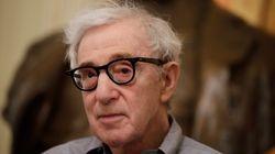 Des employés d'Hachette manifestent contre la publication des mémoires de Woody