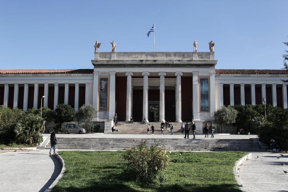 Αθήνα: Σε ποιο βαθμό ο κορονοϊός «χτύπησε» μουσεία, θέατρα, σινεμά, μουσικές