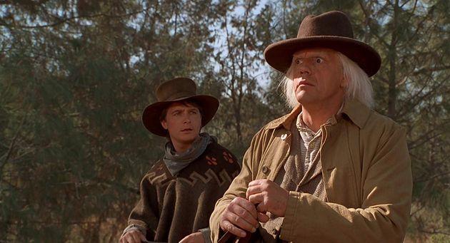 Michael J. Fox eChristopher Lloyd em cena de
