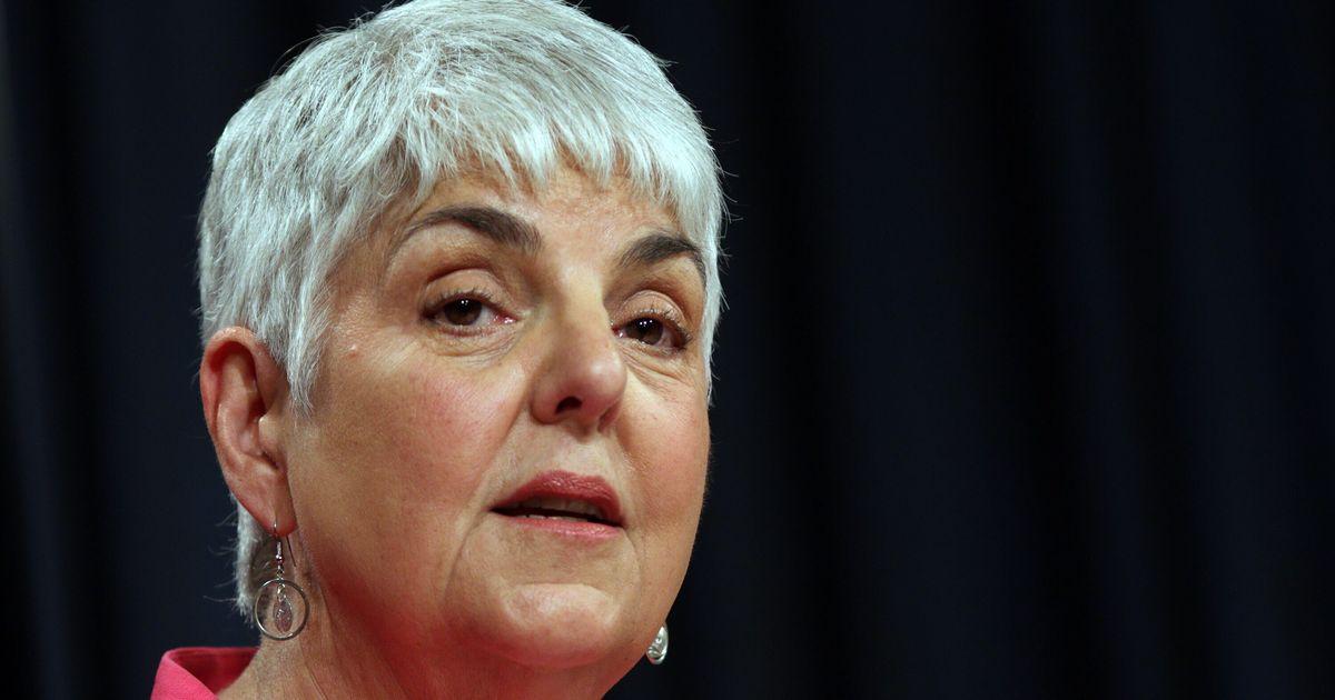キャロル・ジェームス、紀元前財務大臣、彼女がパーキンソン病にかかっていることを明らかにする