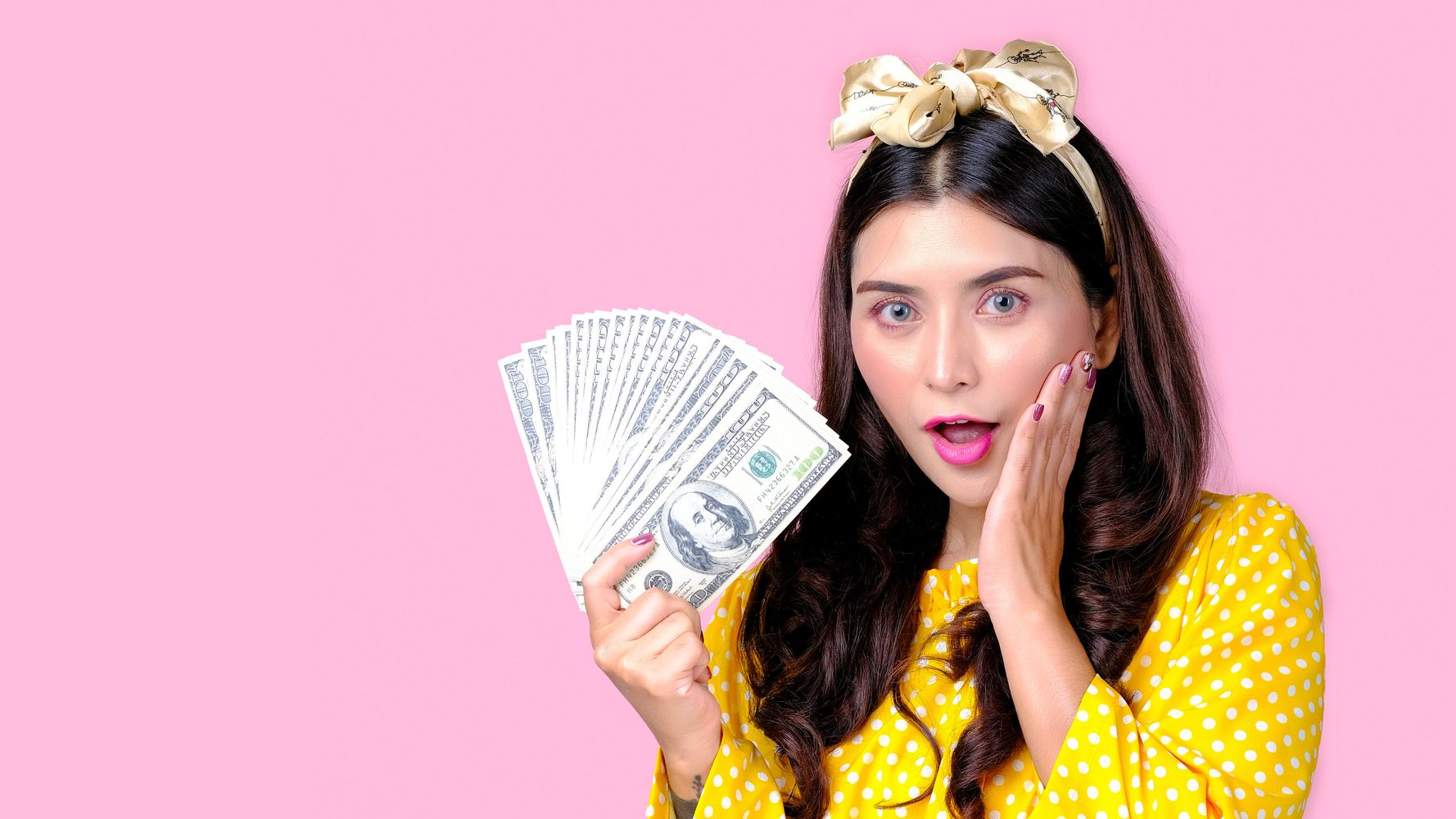 How Much Money Fashion And Beauty Bloggers Earn Per Post 1