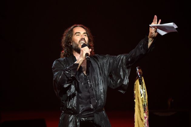 Russell Brand has cancelled his Perth show on Monday night coronavirus