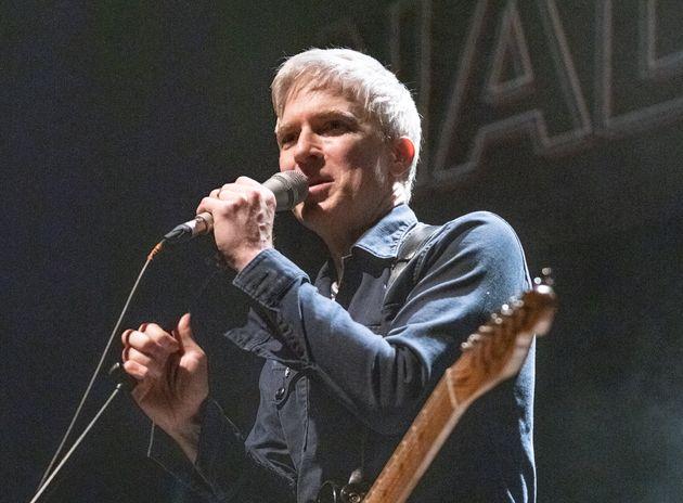 Le chanteur et guitariste Matthew Caws de Nada Surf donnera deux concerts dans la même soirée...
