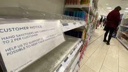Βρετανία: Περιορισμούς στις αγορές προϊόντων βάζουν τα σούπερ μάρκετ λόγω
