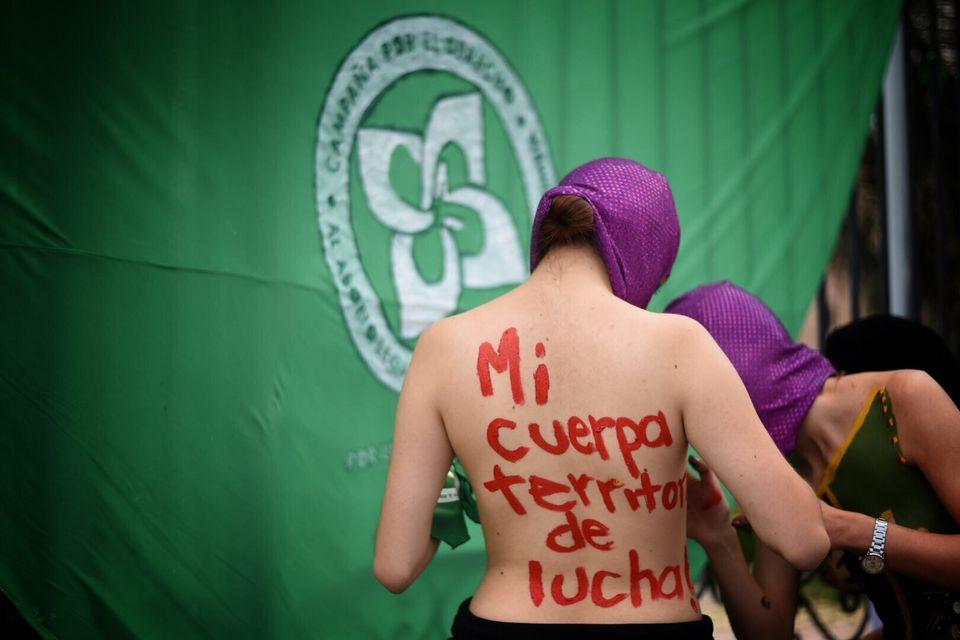 Na Colômbia, manifestantes pediram o direito ao aborto