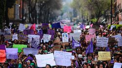 No México e Argentina, mulheres fazem greve para imaginar como seria 'um dia sem