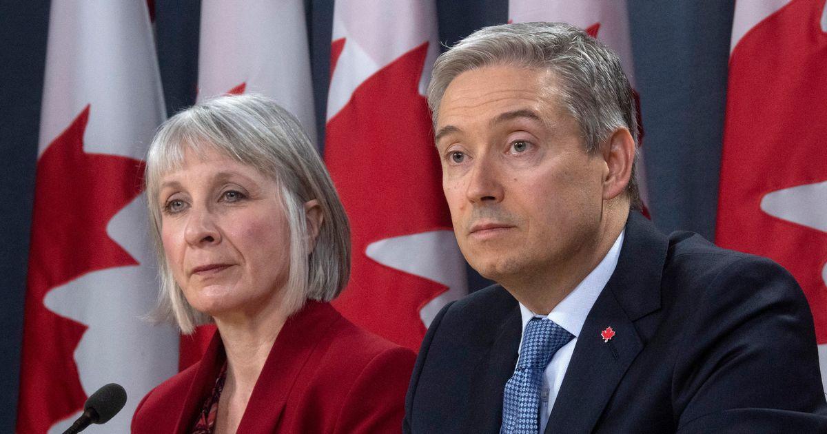 カナダはコロナウイルスと戦うためにほぼ毎日のように米国と協力しています