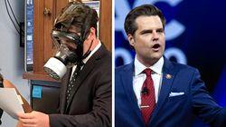 Ce républicain portait un masque à gaz pour voter les mesures contre le coronavirus. Il est en