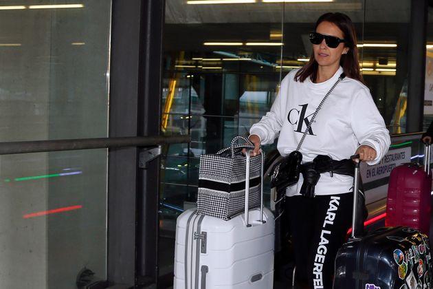 La actriz Paula Echevarría, fotografiada el 8 de marzo de 2020 en el aeropuerto Adolfo Suárez-Madrid
