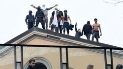 Cosa unisce gli uomini sui tetti delle carceri ai ragazzi ben vestiti che appoggiano la