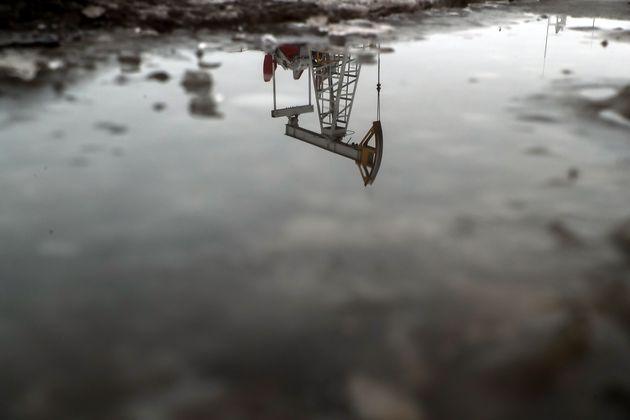Άνοδος 5% των τιμών του πετρελαίου μετά τον καταποντισμό της