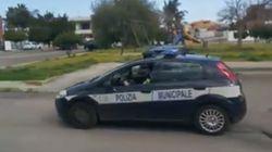 A Lecce con gli altoparlanti per le strade, come in guerra: