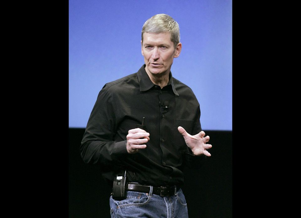 """<a href=""""http://news.cnet.com/8301-13579_3-20116357-37/tim-cooks-memo-to-apple-employees-about-jobs/"""" target=""""_hplink"""">Accord"""