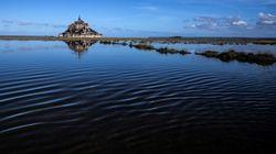 Trois corps retrouvés dans la baie du Mont-Saint-Michel après la disparition d'un bateau, une personne toujours