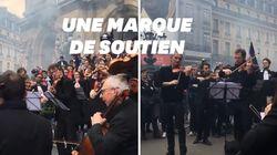 Les musiciens de l'Opéra de Paris soutiennent la manifestation des avocats en