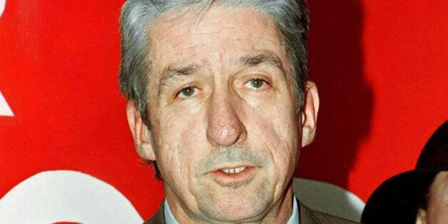 California State Senator Tom Hayden anounces his candidacy for mayor of Los Angeles during a news conference January 5, 1997