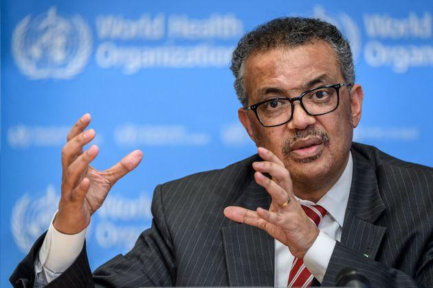 WHOの局長であるTedros Adhanom Ghebreyesusは、毎日の記者会見でメディアを演説しています...