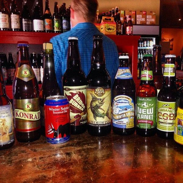 Sunset Beer Company offers an abundant selection of craft beers, a wide range of prices and a very friendly staff that's read